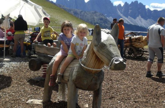 summer-holiday-castelrotto-south-tyrol-07