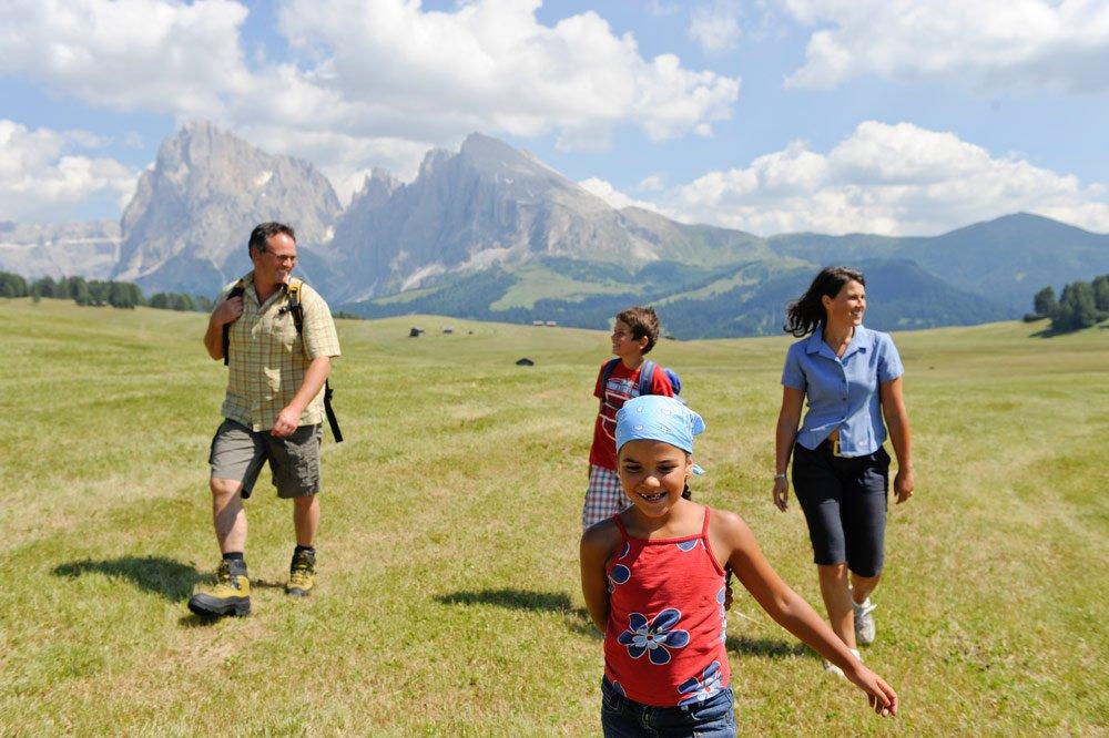 Hiking vacation Alpe di Siusi - Dolomites / South Tyrol