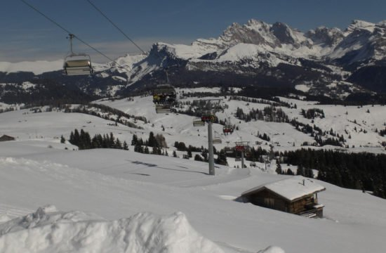 winter-holiday-castelrotto-south-tyrol-02